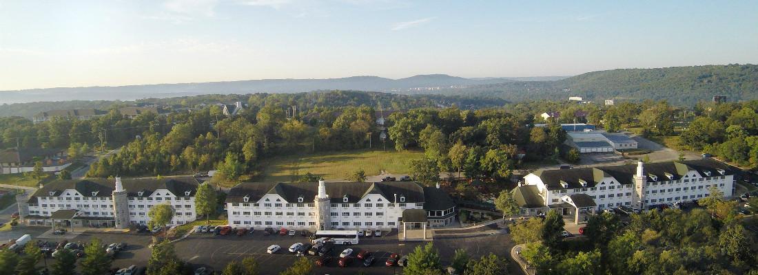 Stone Castle Hotel Mountain View Web_0