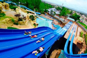 052715-rl-top-4-and-a-half-water-parks-of-summer-2015-5