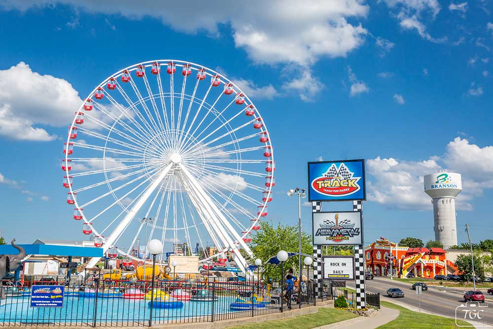 Branson Ferris Wheel - Tracks Family Fun Parks