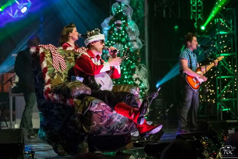 banjo-christmas